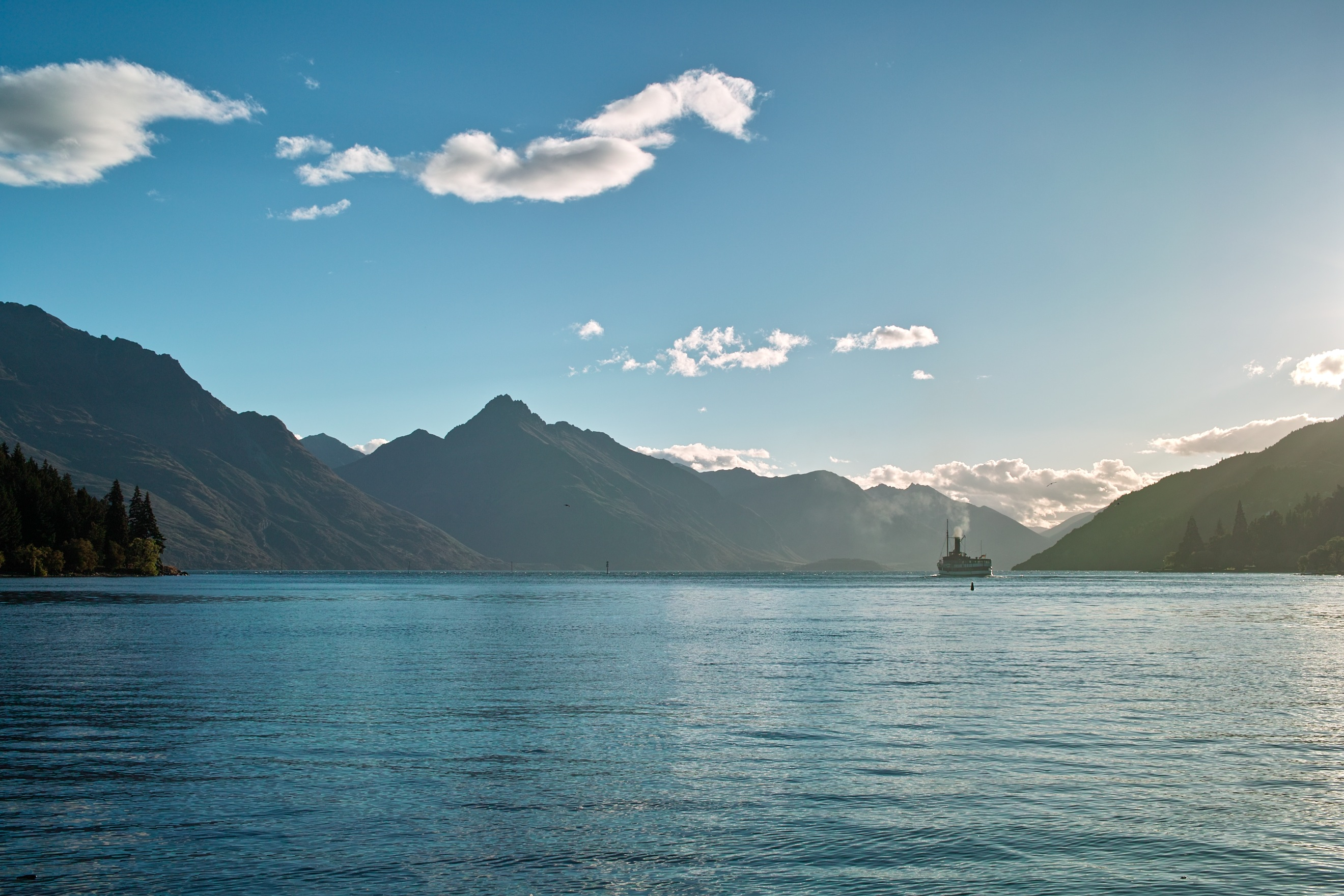 3120 - Sunset over Lake Wakatipu