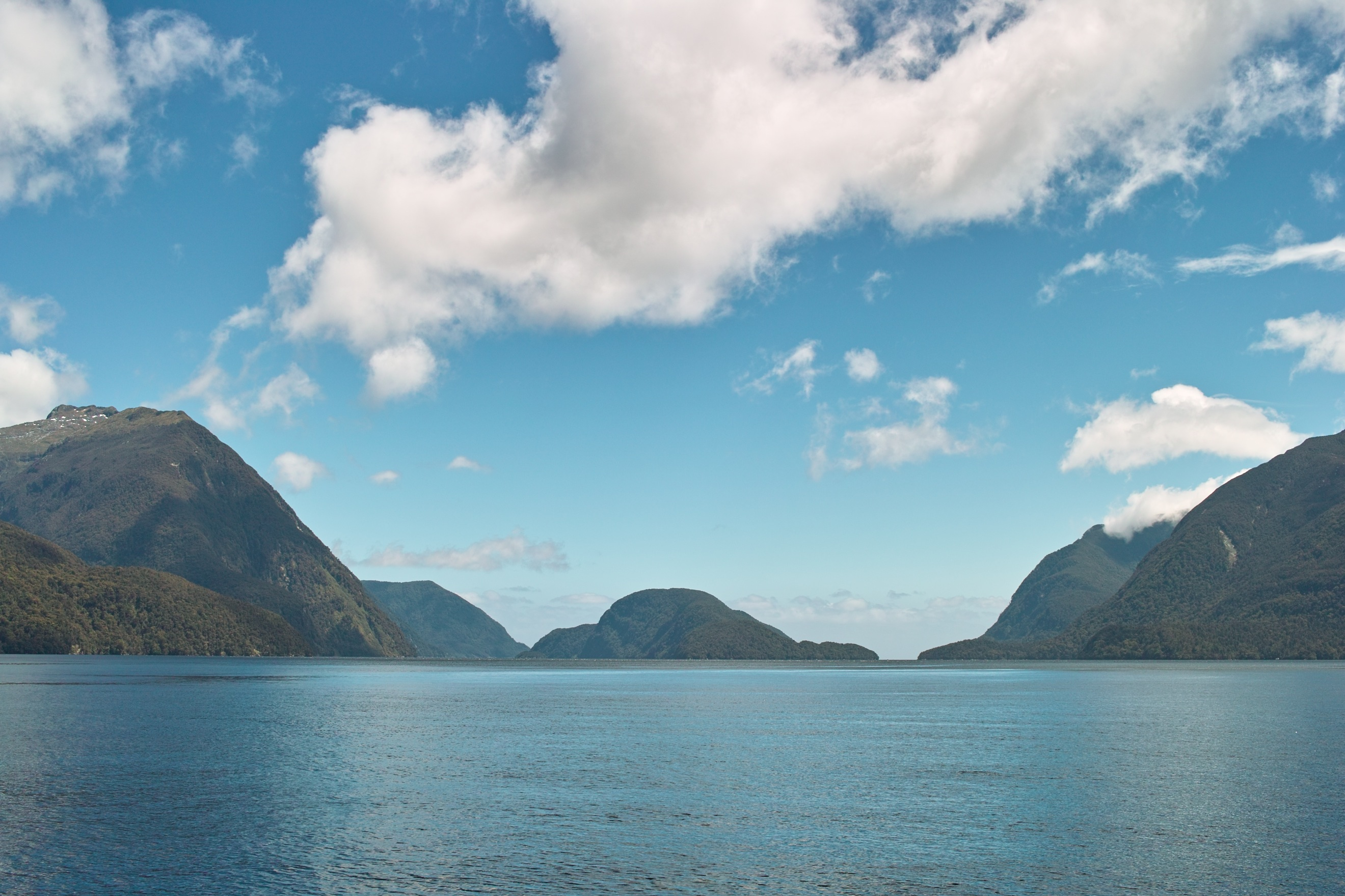 2795 - Doubtful Sound cruise view